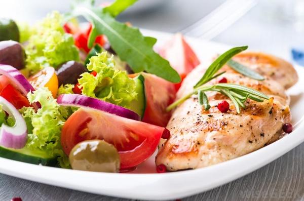 Những loại thực phẩm nhiều đạm cho người muốn giảm cân