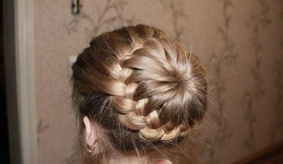 Các bước búi tóc đẹp các nàng không thể bỏ qua