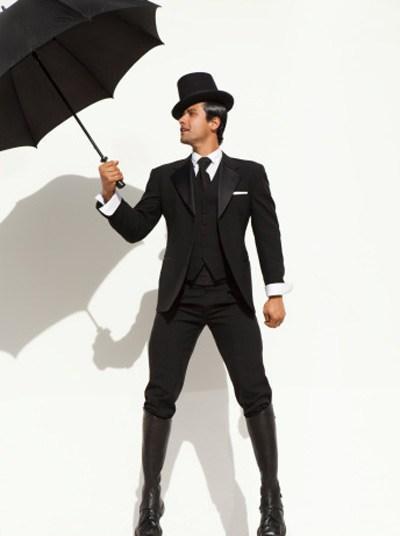 Những trang phục không nên sử dụng trong mùa mưa