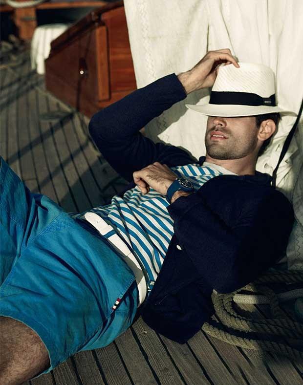 Phối đồ nam phong cách, cuốn hút cùng màu xanh navy