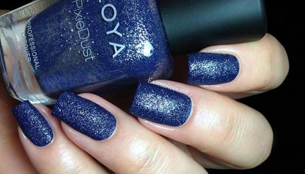 25 kiểu nail kim tuyến đẹp lấp lánh giành cho bạn gái