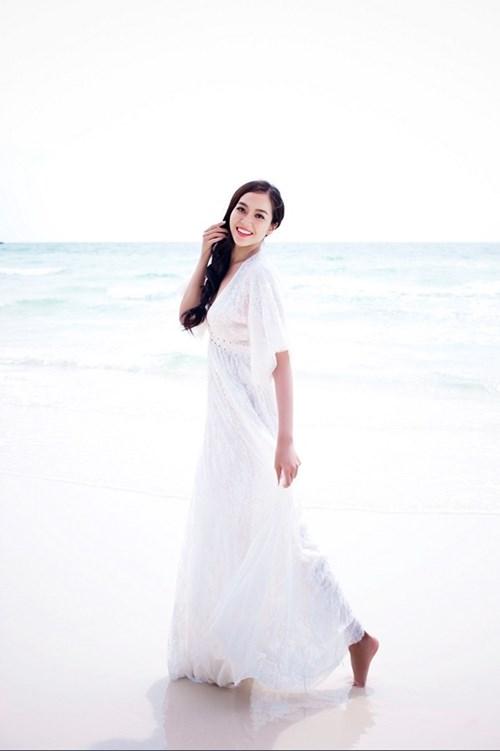 Mix đi biển mùa hè cho những cô nàng điệu đà, nữ tính