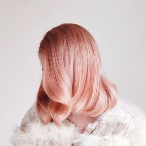 Hè này nên nhuộm tóc màu gì để nổi bật ?