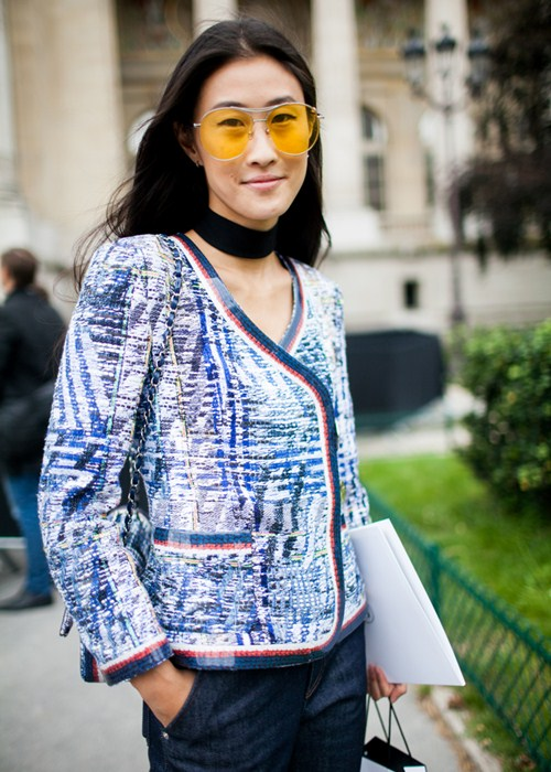 Vật bất ly thân của tín đồ ở Paris Fashion Week?