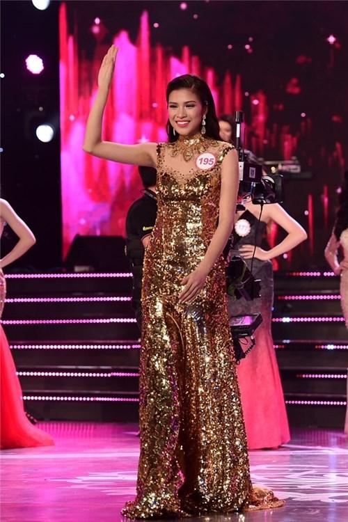 BTC Hoa hậu Việt Nam có ép học trò Phạm Hương ?