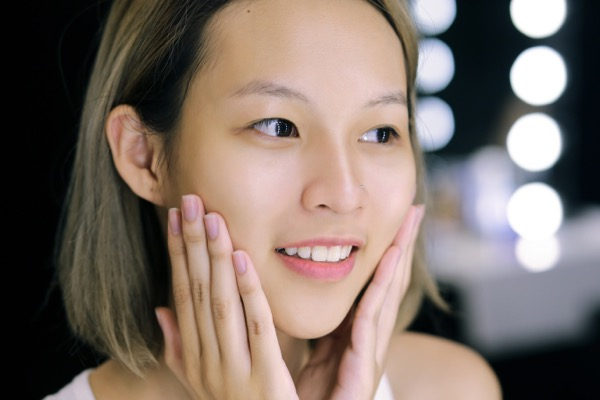 Ghen tị với làn da không tỳ vết của Phí Phương Anh (The Face)