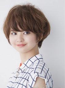 Kiểu tóc ngắn xì tin cho bạn gái dễ thương