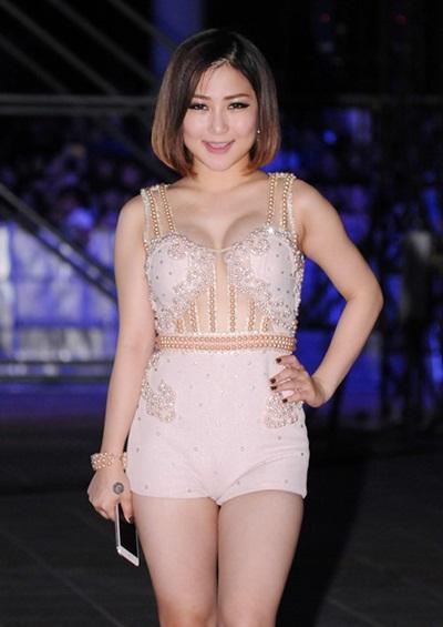 Ngắm sao Việt xấu, đẹp với váy áo corset