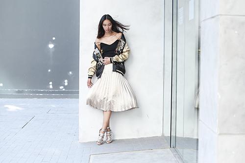 Không đi fashion week quốc tế Trang Khiếu ở Sài Gòn chụp hình
