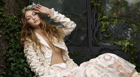 Vẻ đẹp ma mị của siêu mẫu Gigi Hadid