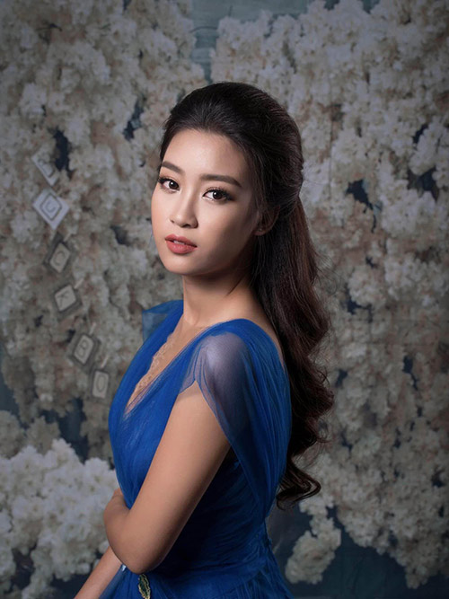 Khó rời mắt khỏi vẻ đẹp yêu kiều, đầy ngọt ngào của Hoa hậu Mỹ Linh!