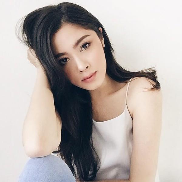 Ngắm nhìn những kiểu lông mày vòng cung đẹp của hot girl Thái hiện nay