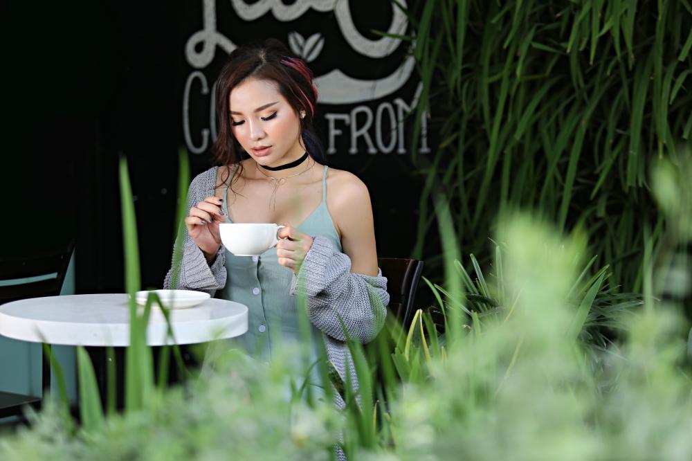 Phương Trinh Jolie đón tuổi mới với hình ảnh sexy