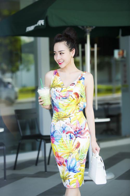 Váy cut out khoe dáng chuẩn eo thon gợi cảm nhất 2017