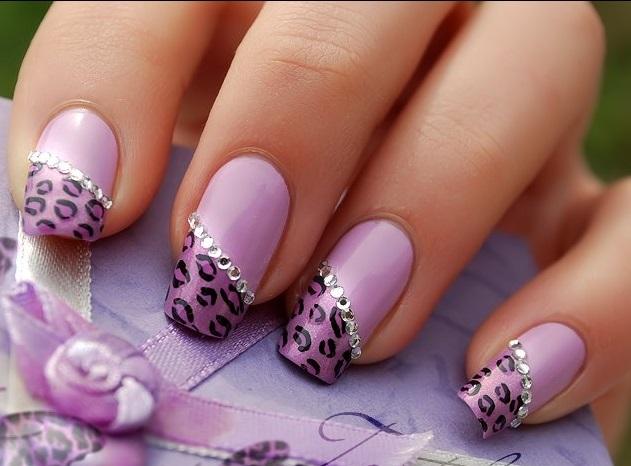 11 kiểu móng tay đính đá tinh tế sang trọng cho nàng