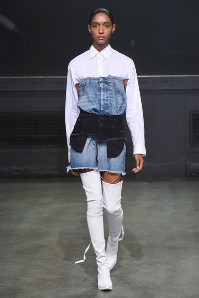 Váy jeans hai cạp của Ben Taverniti giá 28 triệu đồng