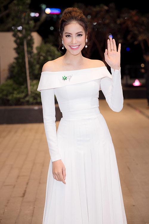 Phạm Hương xinh như công chúa