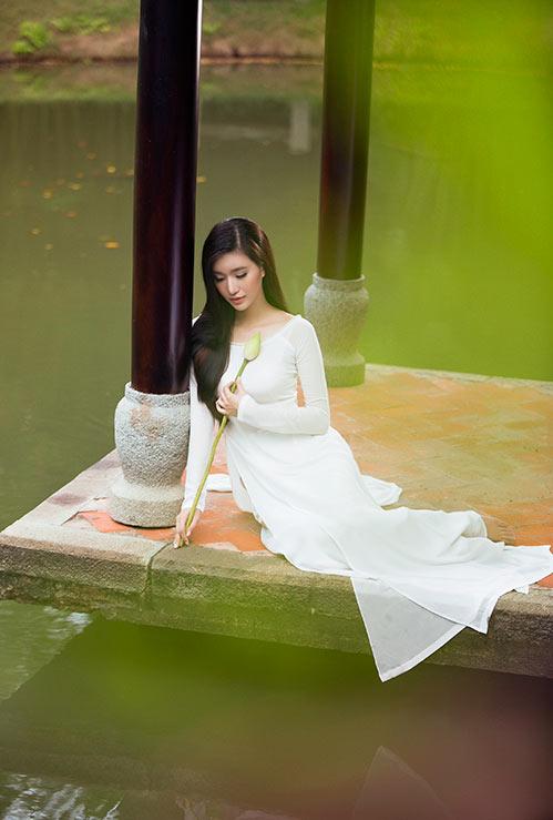 Mỹ Linh đẹp trong veo, lòng nhớ Hà Nội