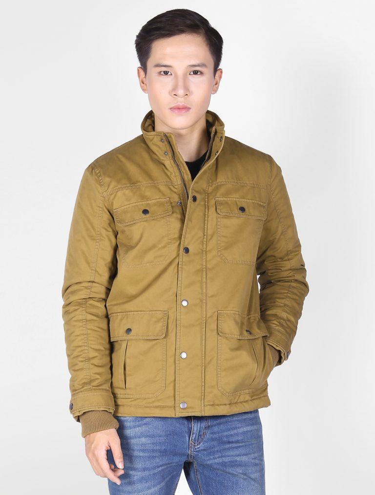 Chọn áo khoác cho bạn nam dáng người thấp