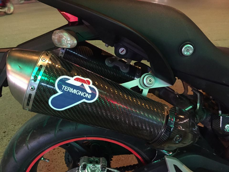 Ducati Monster 795 lên tem Ducati cross phong cách