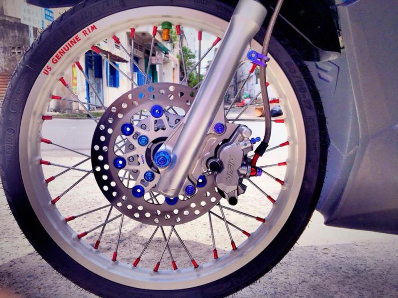 Honda Click 125 độ bánh căm tay ga phong trào độc đáo