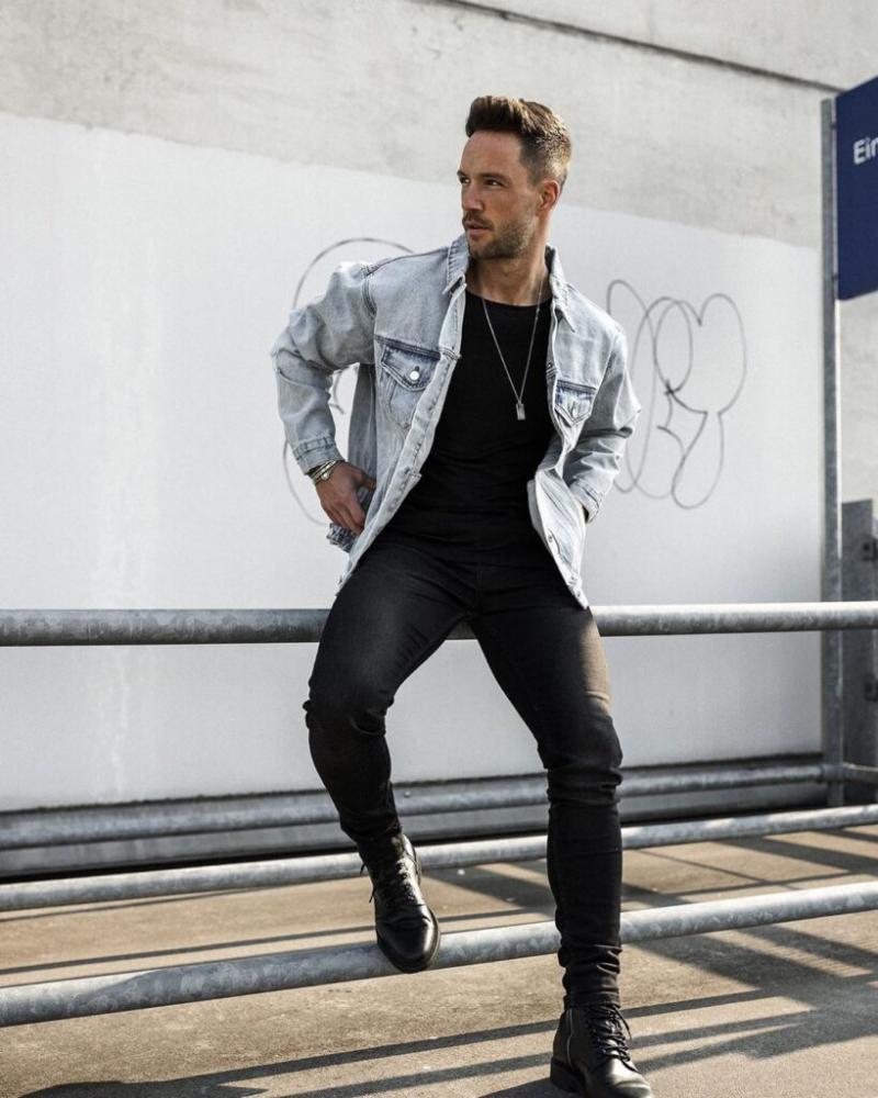 """6 cách phối jacket siêu ngầu với set đồ """"all black"""" phong cách"""