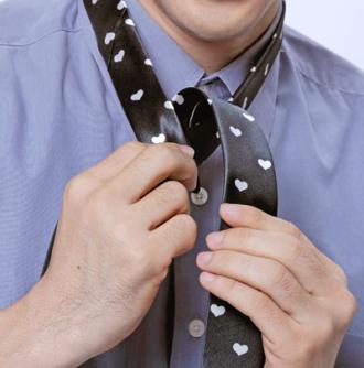 Hướng dẫn thắt cà vạt nam đơn giản nhanh chóng