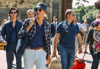Phong cách áo vest nam đẹp sành điệu cho các chàng trai dạo phố