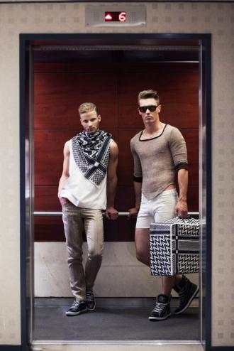 Xem lại thời trang nam xuân hè 2014 từ Allan Vos