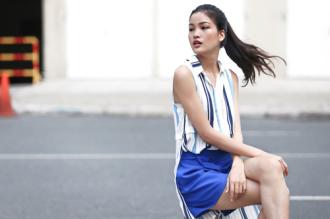Chà Mi Next Top Model xuống phố với sắc xanh