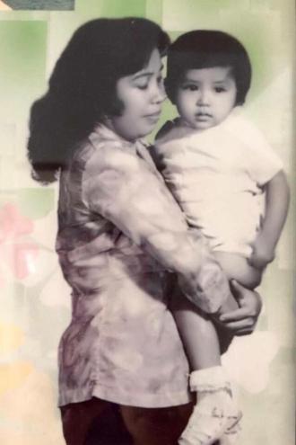 Trào nước mắt với kỷ niệm của Việt Trinh