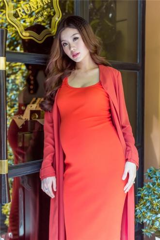 Á hậu Diễm Trang khoe vẻ đẹp trước ngày sinh nở