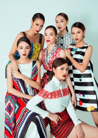 Đội Hà Hồ được mời quảng bá du lịch Singapore