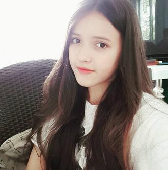 Dù mới 16 tuổi nữ sinh Việt lai Ý vẫn gây chú ý vì quá xinh đẹp