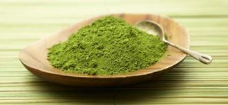 Mặt nạ bột trà xanh chống lão hóa hiệu quả cho chị em