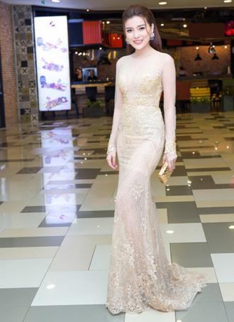 Dàn sao Việt đọ dáng với váy xuyên thấu