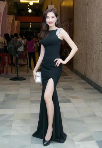 """Hoa hậu Việt lần đầu tiết lộ bí quyết sở hữu """"vòng eo con kiến"""""""