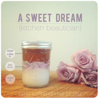Mách bạn 3 công thức tẩy da chết DIY từ hoa hồng giúp môi mềm và da trắng mịn hơn