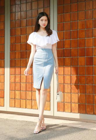 Chân váy denim trẻ trung cho nàng công sở hè 2017