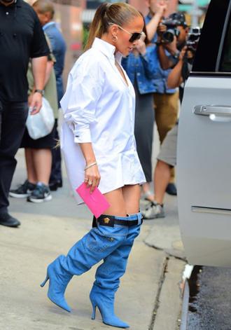 Bốt như quần jeans tụt của Jennifer Lopez gây sốt