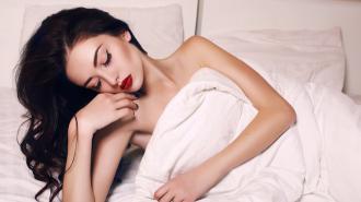 Những sai lầm tai hại của make up khiến làn da 'khóc thét'