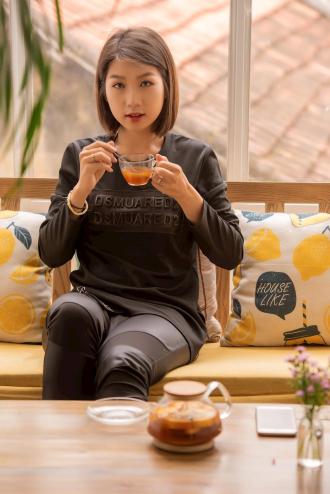Phù thủy makeup Nguyễn Trang đầy hấp dẫn