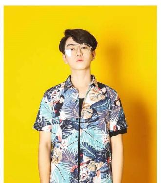 Hot boy sở hữu ngoại hình điển trai như idol