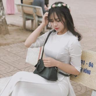 Nữ sinh Hà Thành khiến nam sinh mê mệt