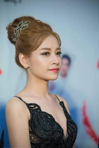 Sao Việt ai cũng muốn làm công chúa Lọ Lem