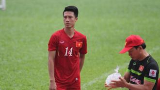 Bạn gái hotgirl xinh đẹp, gợi cảm của cầu thủ Huy Hùng