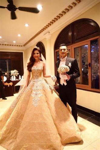 BST váy cưới khiến cô gái nào cũng ước được làm cô dâu