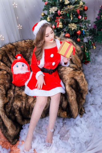 Công chúa tuyết xinh đẹp cùng bộ ảnh mùa giáng sinh
