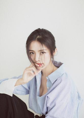 Hot girl Trung Quốc được mệnh danh là Hoa khôi