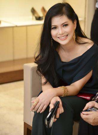 Nữ đại gia Việt U40 nhưng da và dáng vẫn đẹp